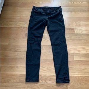 "Joe's Jeans ""The Icon"" Mid-Rise Skinny Black"